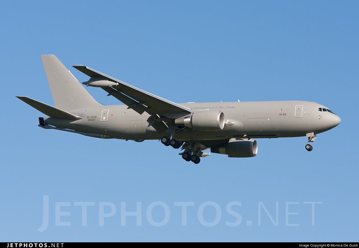 MM62227 - Boeing KC-767A - Italy - Air Force