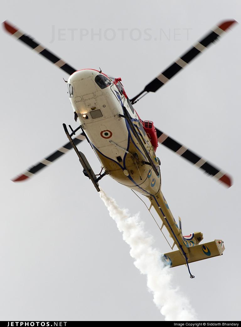 J4045 - Hindustan Aeronautics ALH Dhruv - India - Air Force