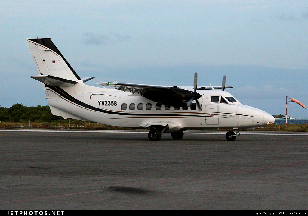 YV2358 - Let L-410UVP Turbolet - Private