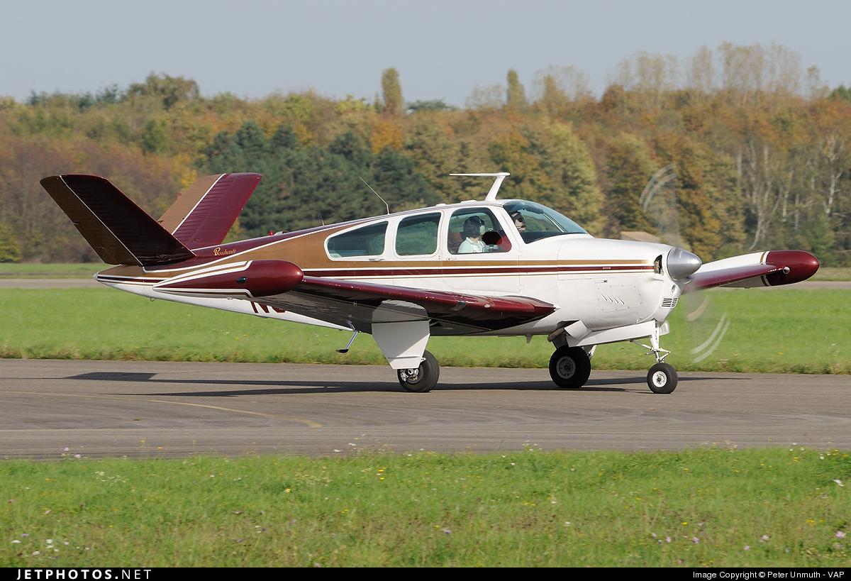 N3316C - Beechcraft E35 Bonanza - Private