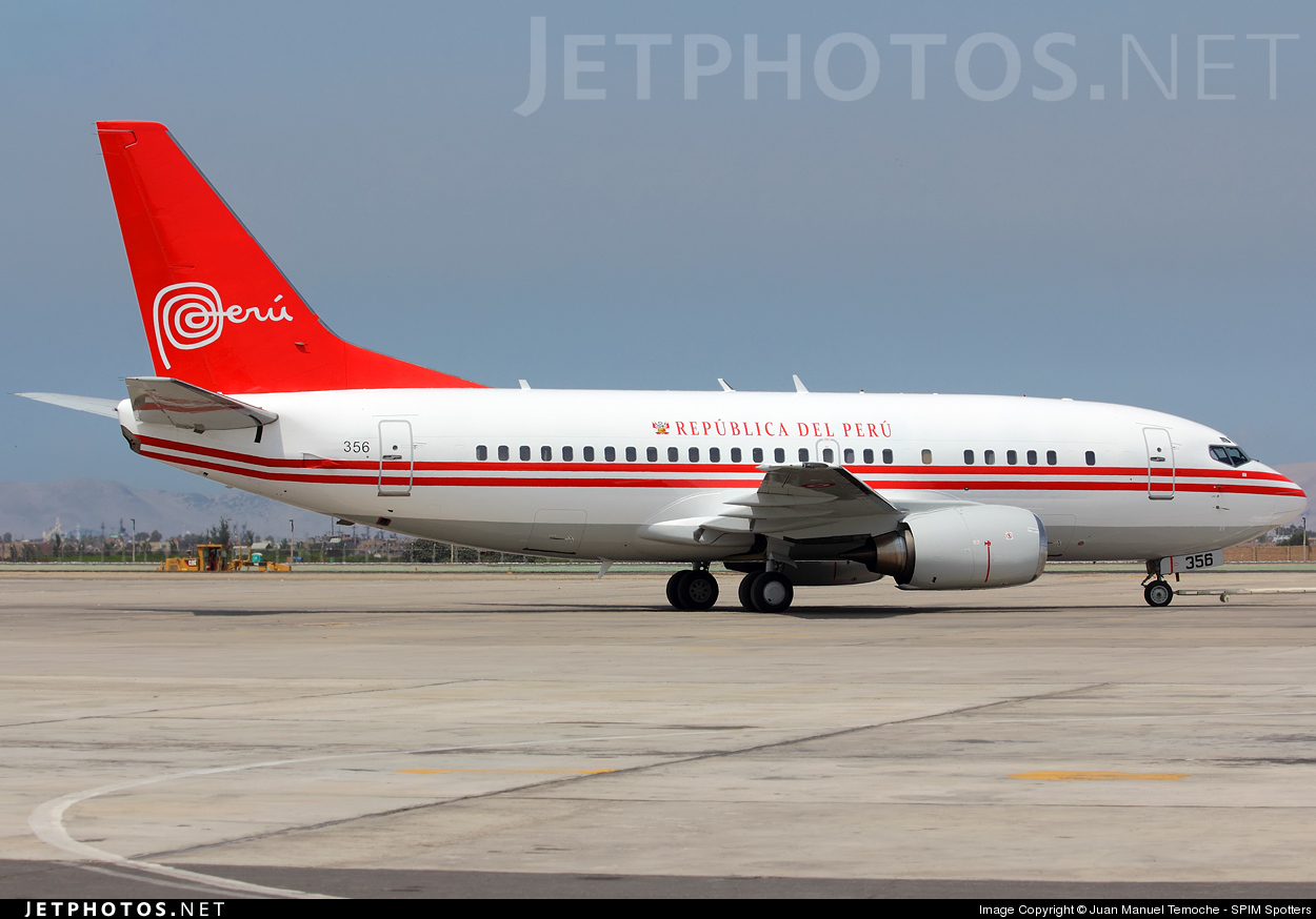 FAP356 - Boeing 737-528 - Perú - Air Force