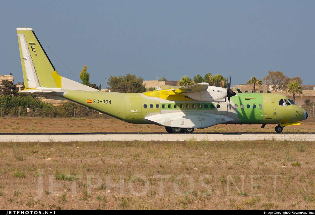 EC-004 - CASA C-295M - CASA