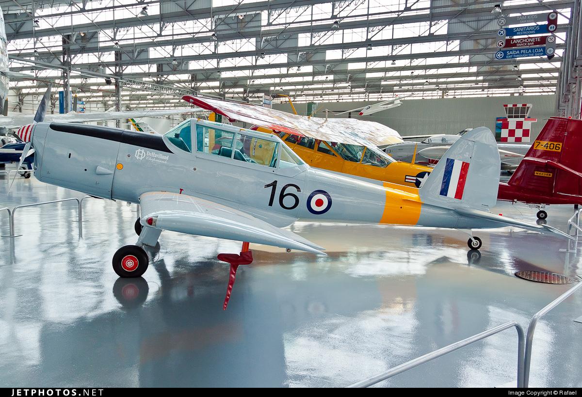 16 - De Havilland Canada DHC-1 Chipmunk - France - Air Force