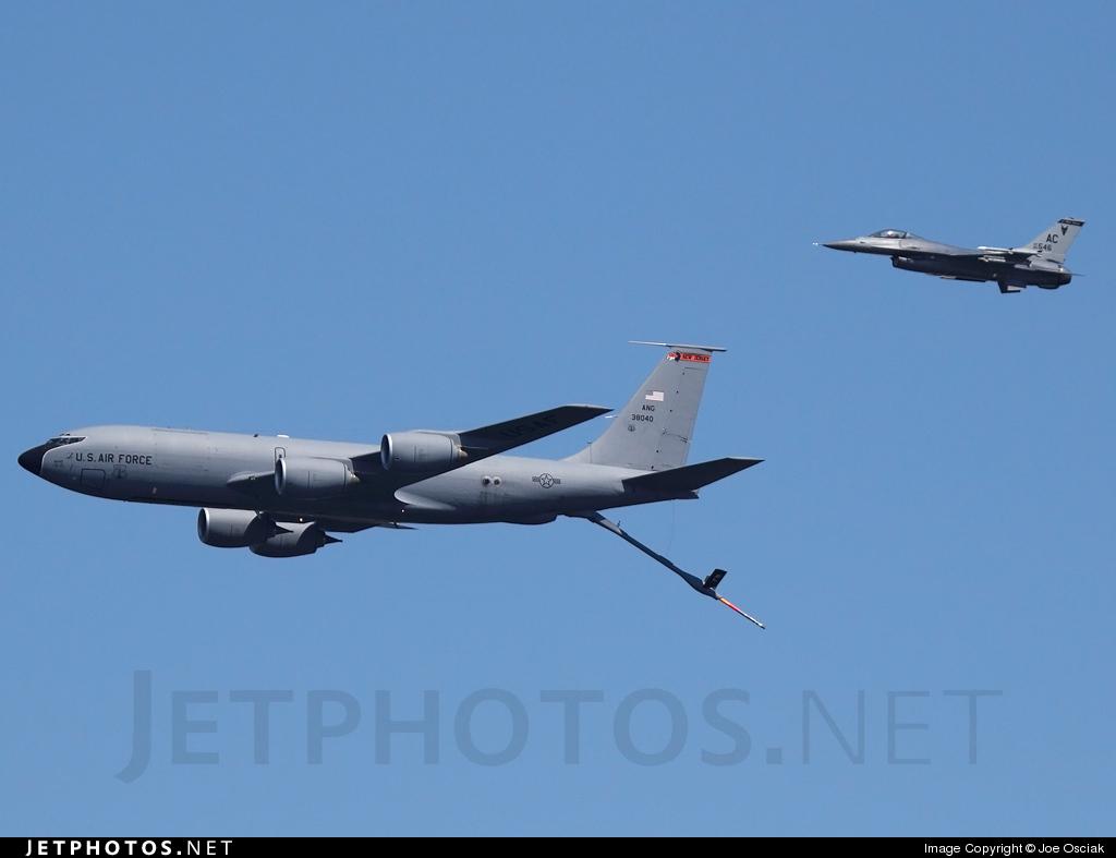 63-8040 - Boeing KC-135R Stratotanker - United States - US Air Force (USAF)