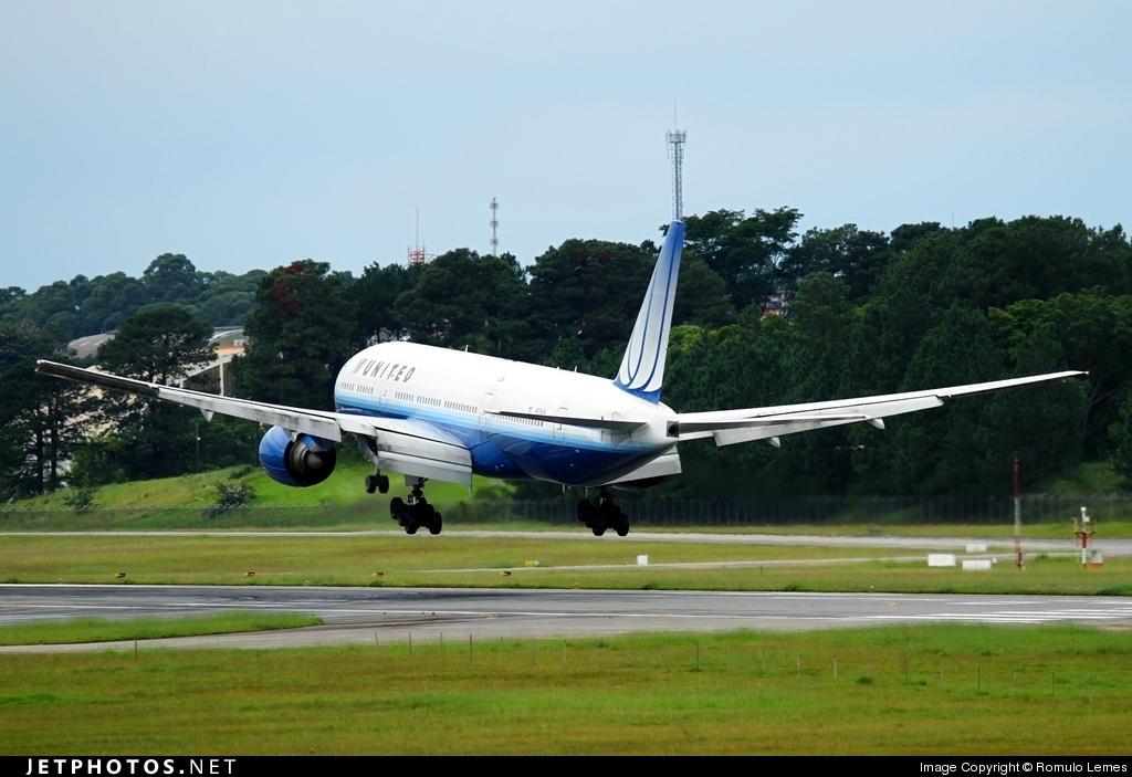 N776UA - Boeing 777-222 - United Airlines