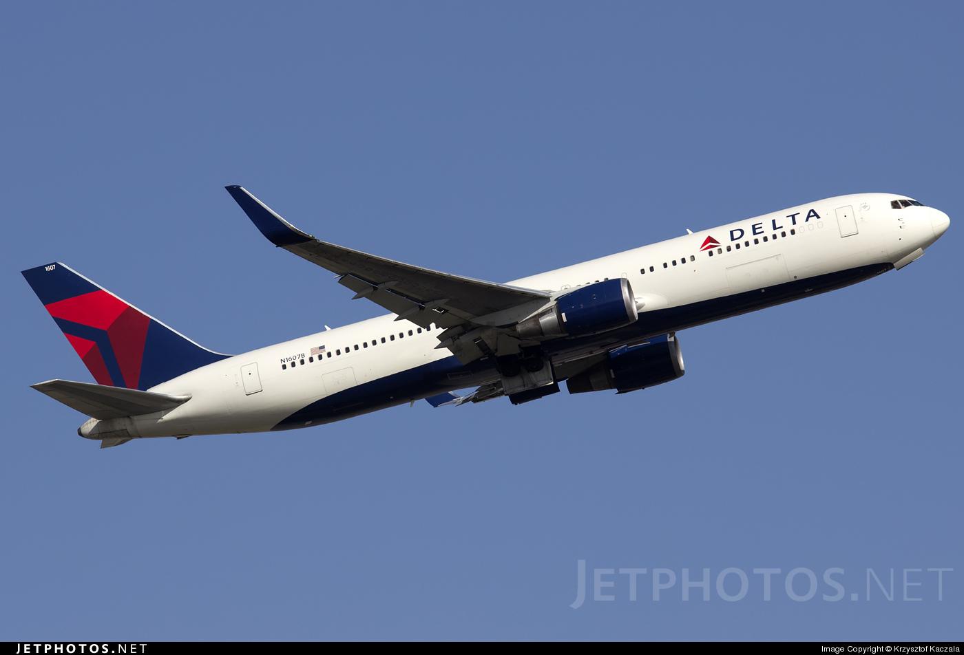 N1607B - Boeing 767-332(ER) - Delta Air Lines
