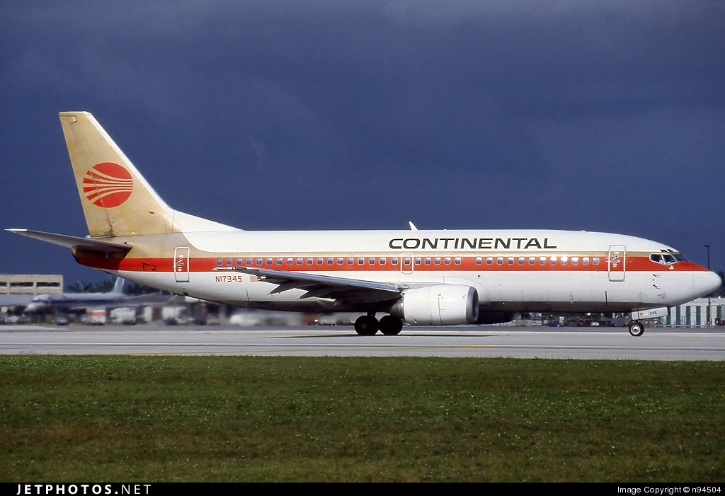N17345 - Boeing 737-3T0 - Continental Airlines