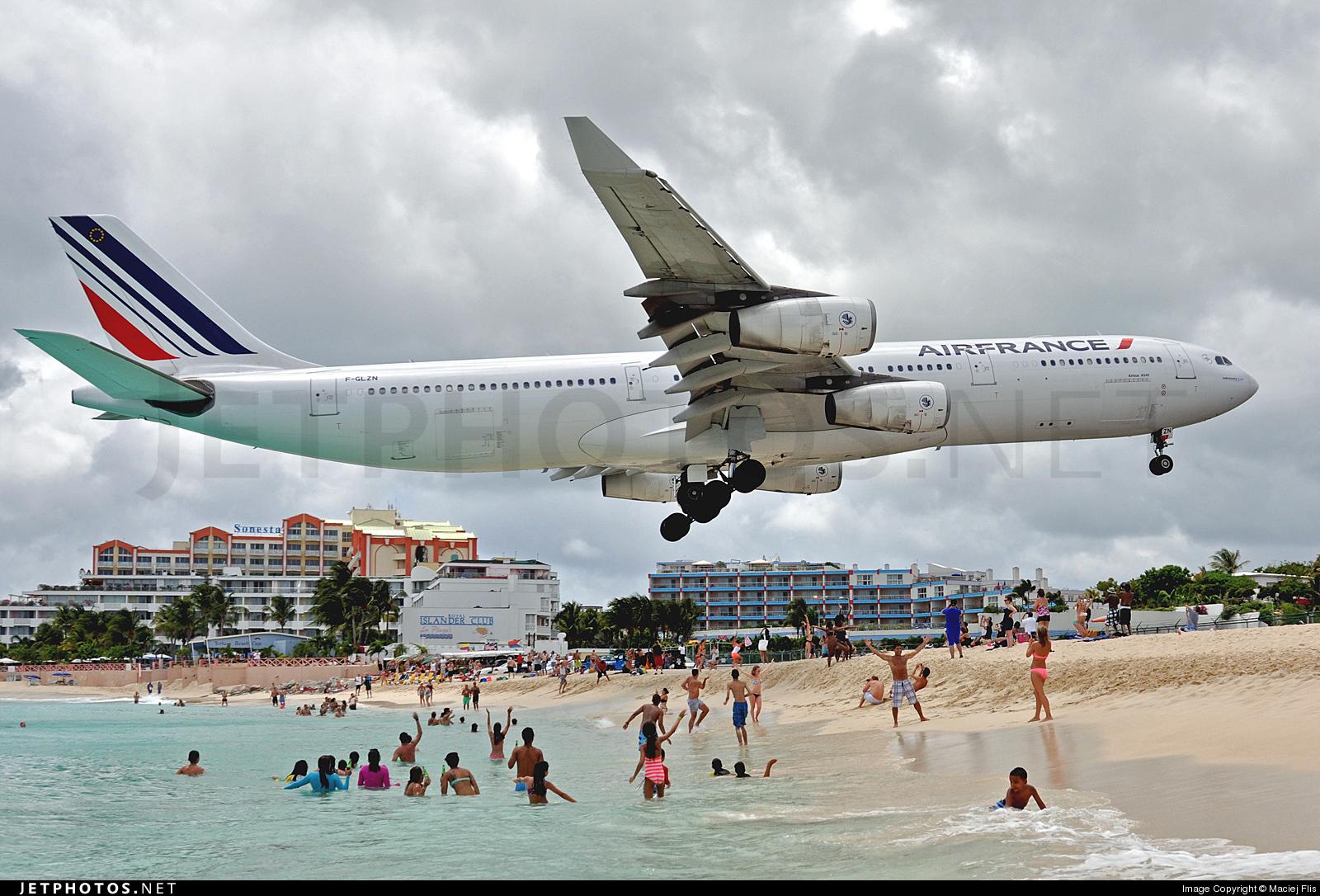 F-GLZN - Airbus A340-313X - Air France