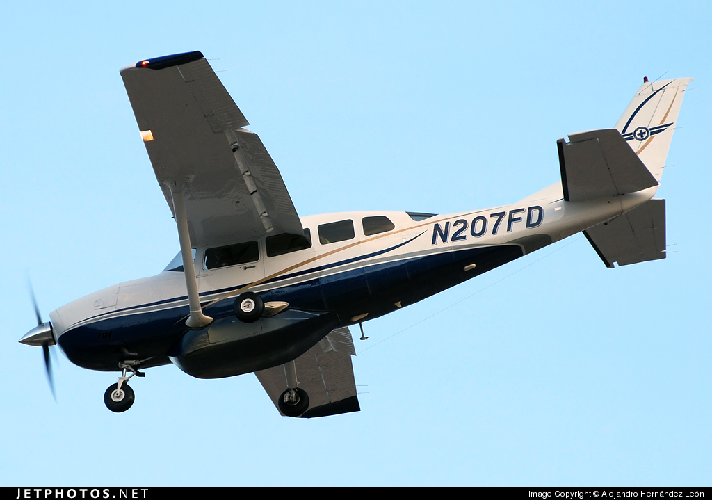 N207FD - Cessna T207A Turbo Stationair 8 - Private