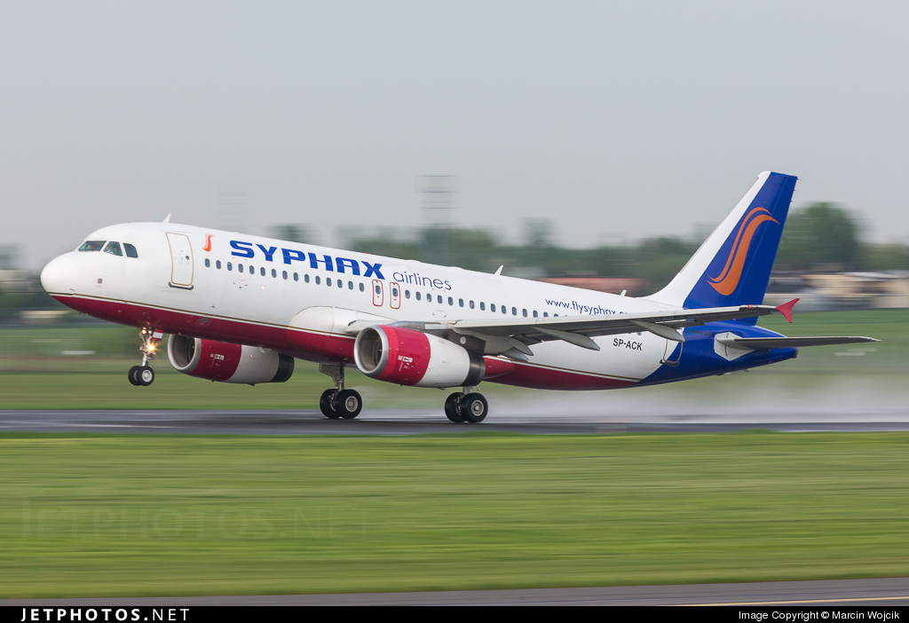 SP-ACK - Airbus A320-232 - Bingo Airways