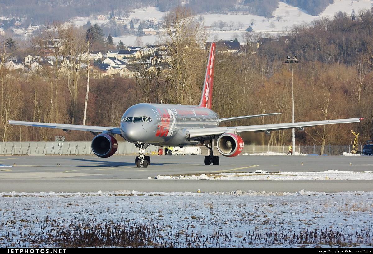 - Boeing 757-23A - Jet2.com