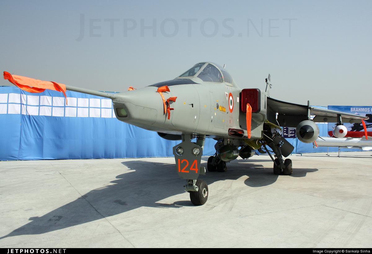 JS124 - Sepecat Jaguar IS - India - Air Force