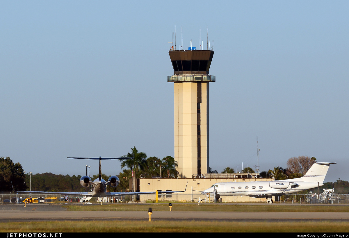 KRSW - Airport - Control Tower