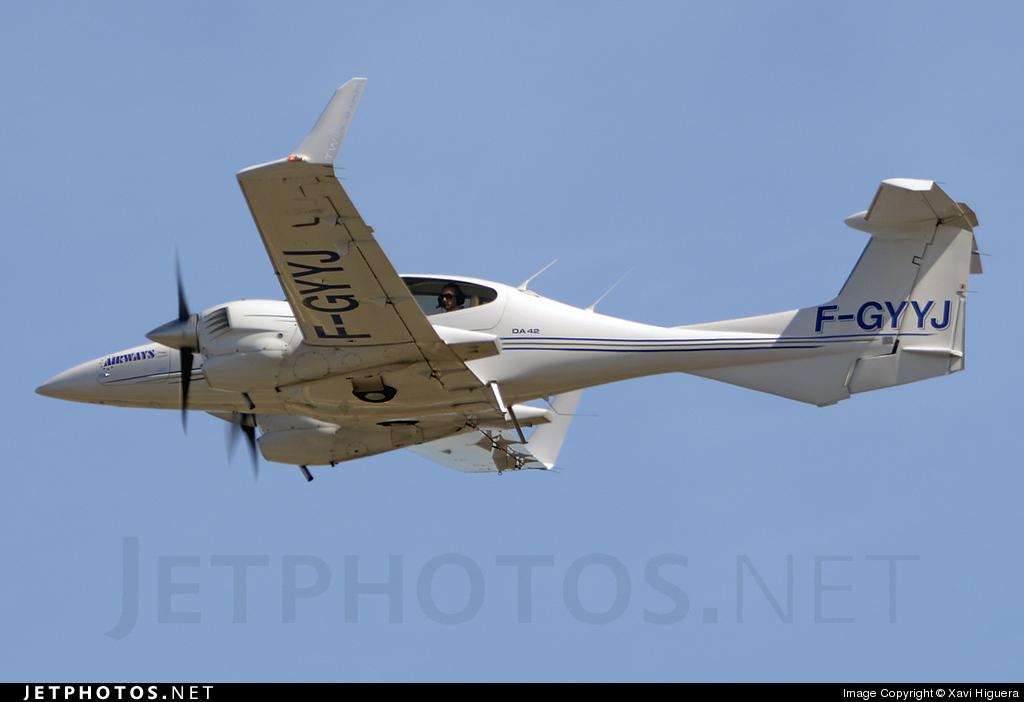 F-GYYJ - Diamond DA-42 Twin Star - Private