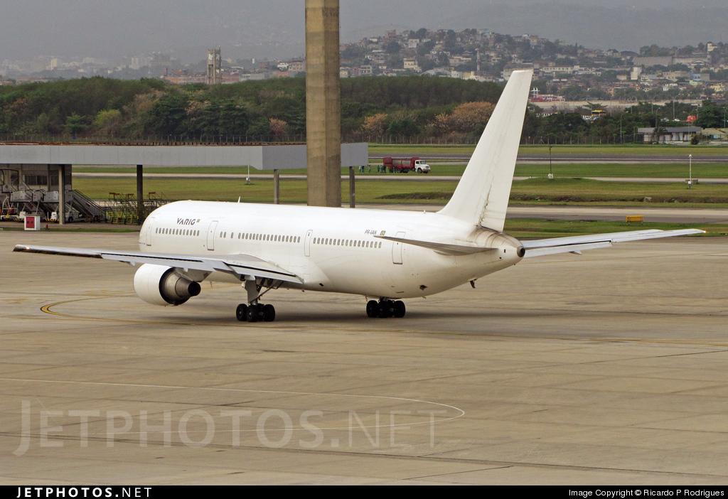PR-VAN - Boeing 767-328(ER) - Varig