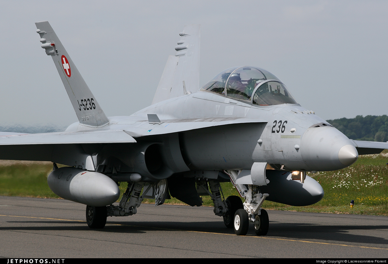J-5236 - McDonnell Douglas F/A-18D Hornet - Switzerland - Air Force