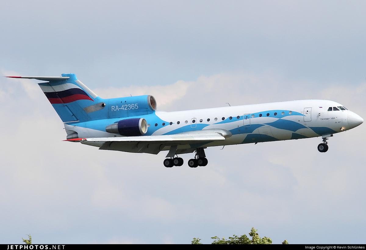 RA-42365 - Yakovlev Yak-42D - Tulpar