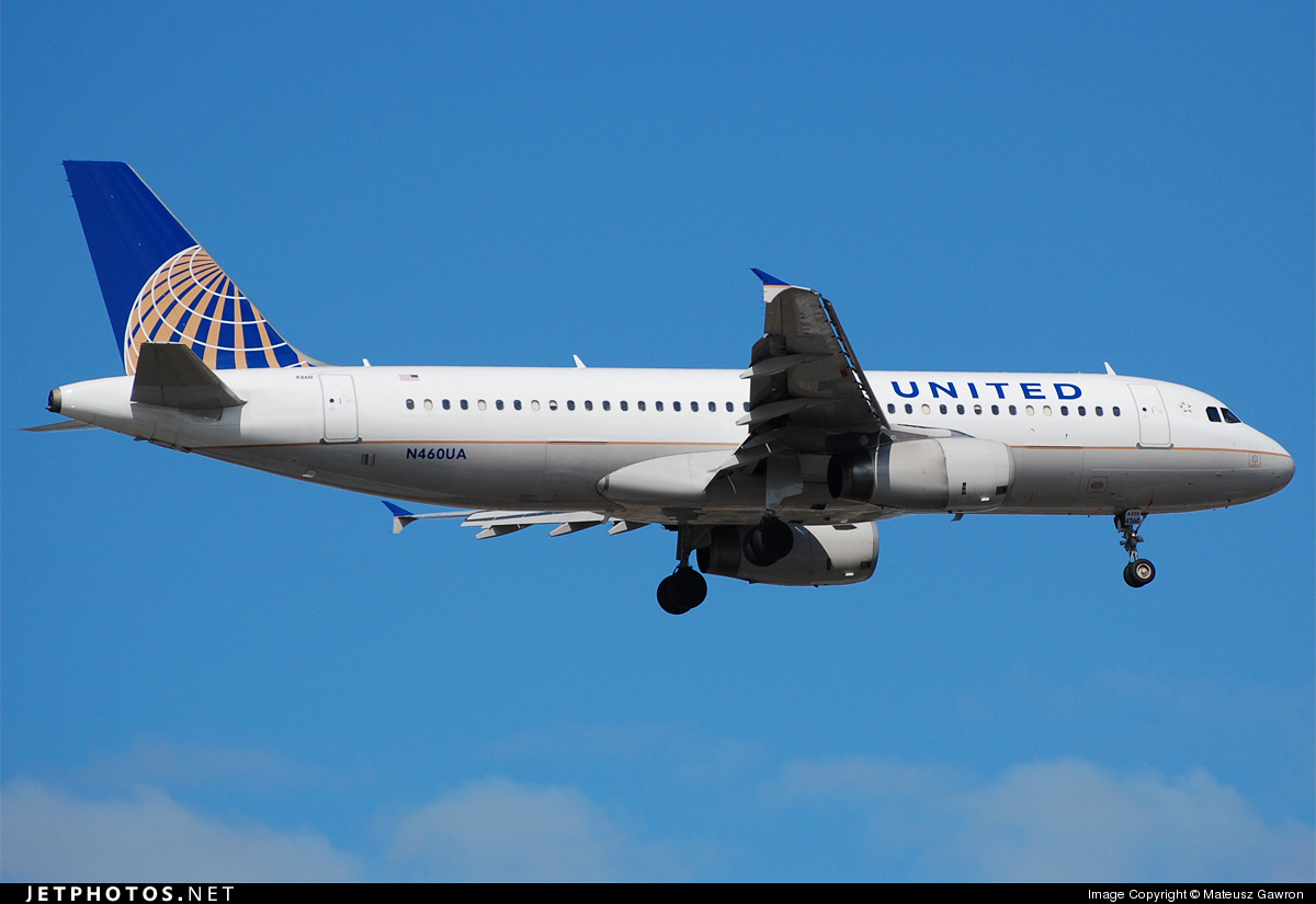 N460UA - Airbus A320-232 - United Airlines