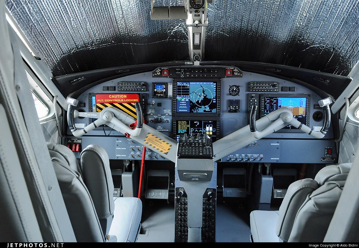 De havilland twin otter cockpit