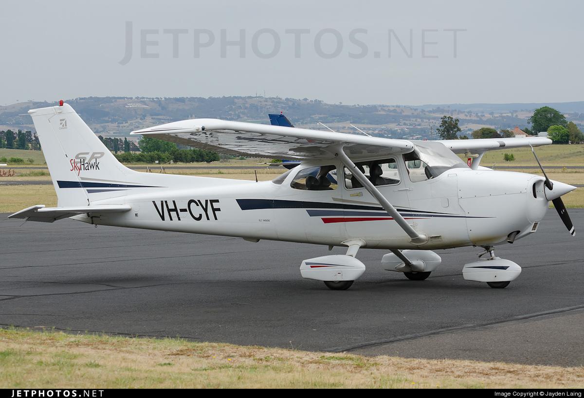 VH-CYF - Cessna 172S Skyhawk SP - Private
