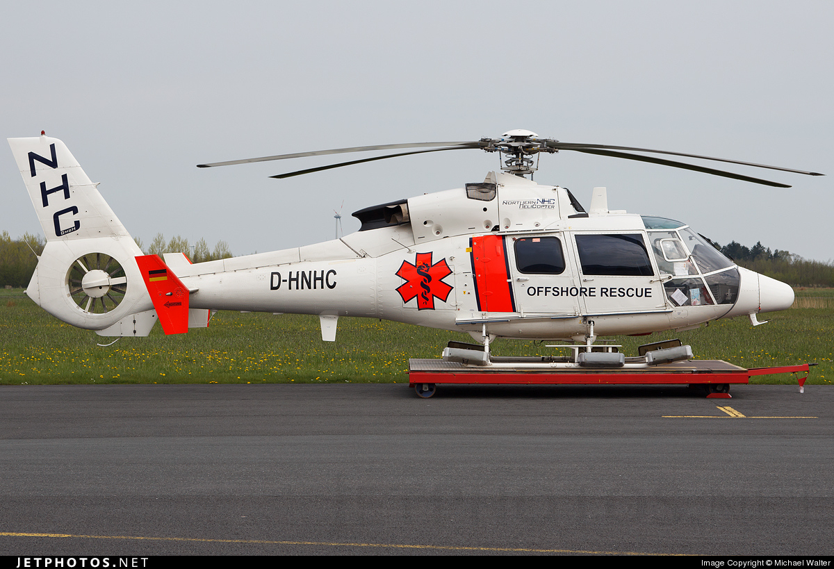 D-HNHC - Aérospatiale SA 365C3 Dauphin 2 - Northern Helicopter