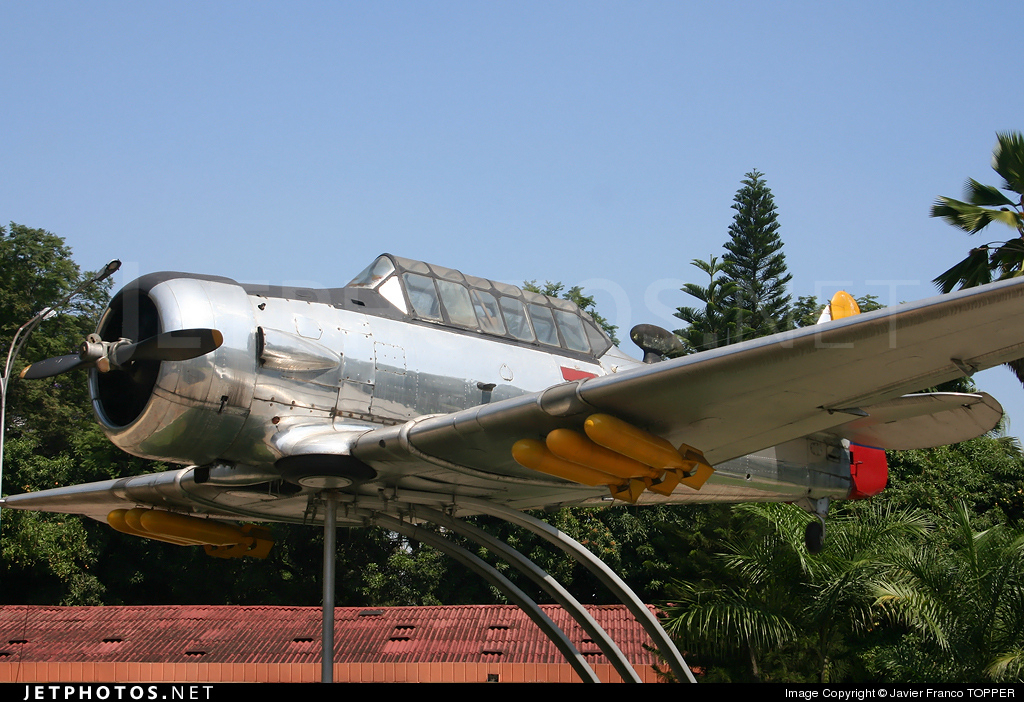 FAC796 - North American AT-6 Texan - Colombia - Air Force