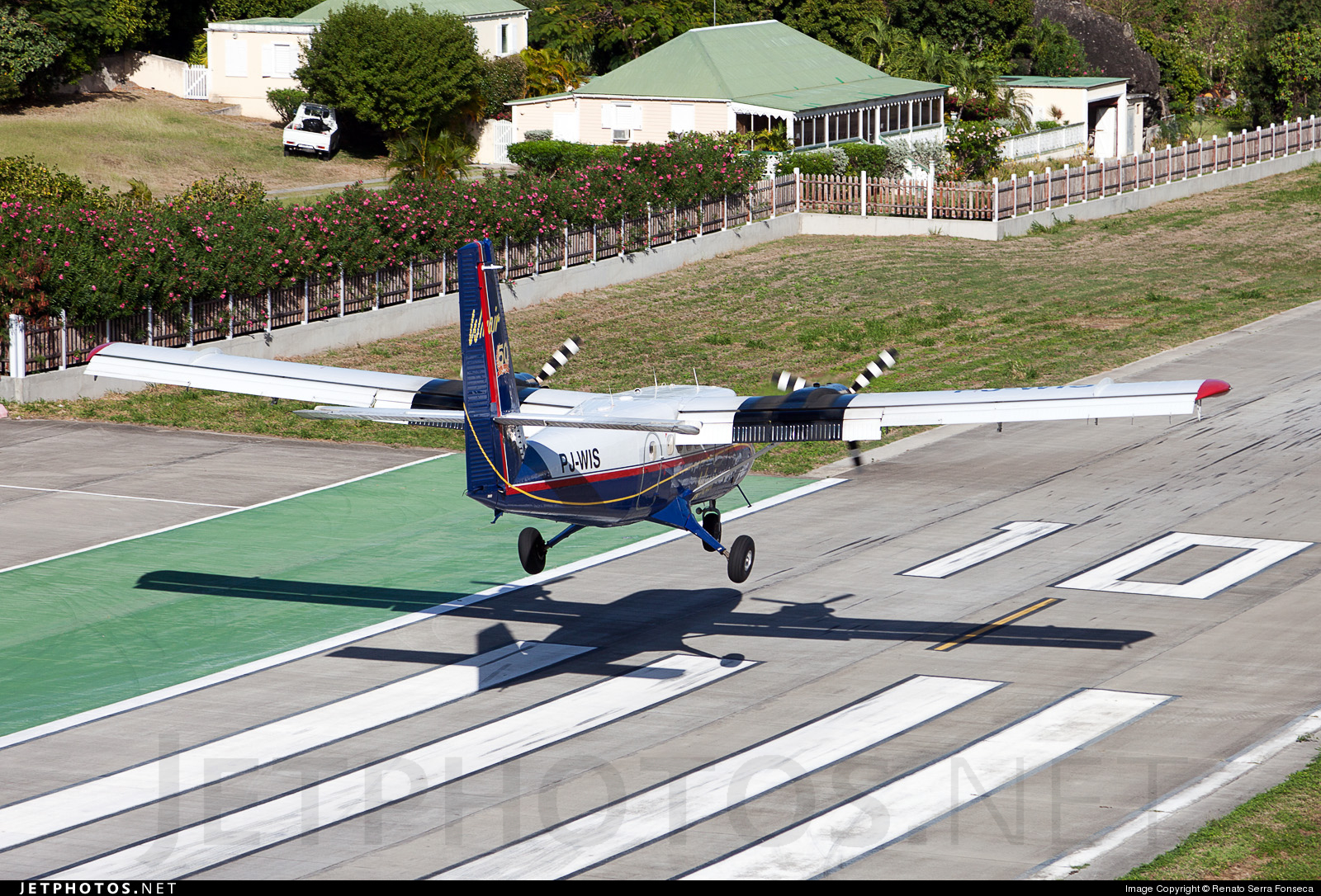 PJ-WIS - De Havilland Canada DHC-6-300 Twin Otter - Winair - Windward Islands Airways