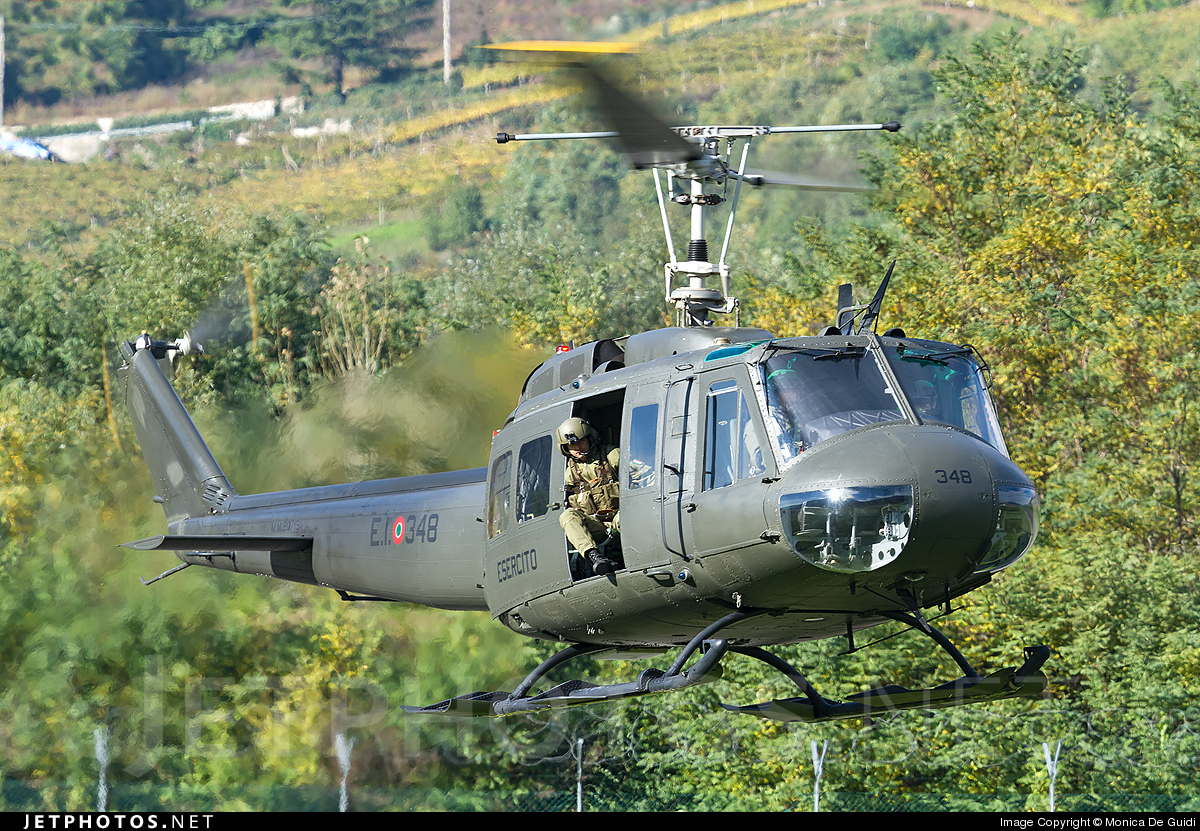 MM80719 - Agusta-Bell AB-205A-1 - Italy - Army