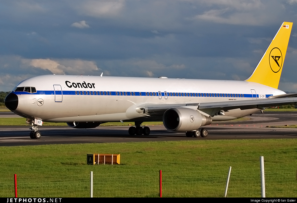 EI-CRF - Boeing 767-31B(ER) - Condor