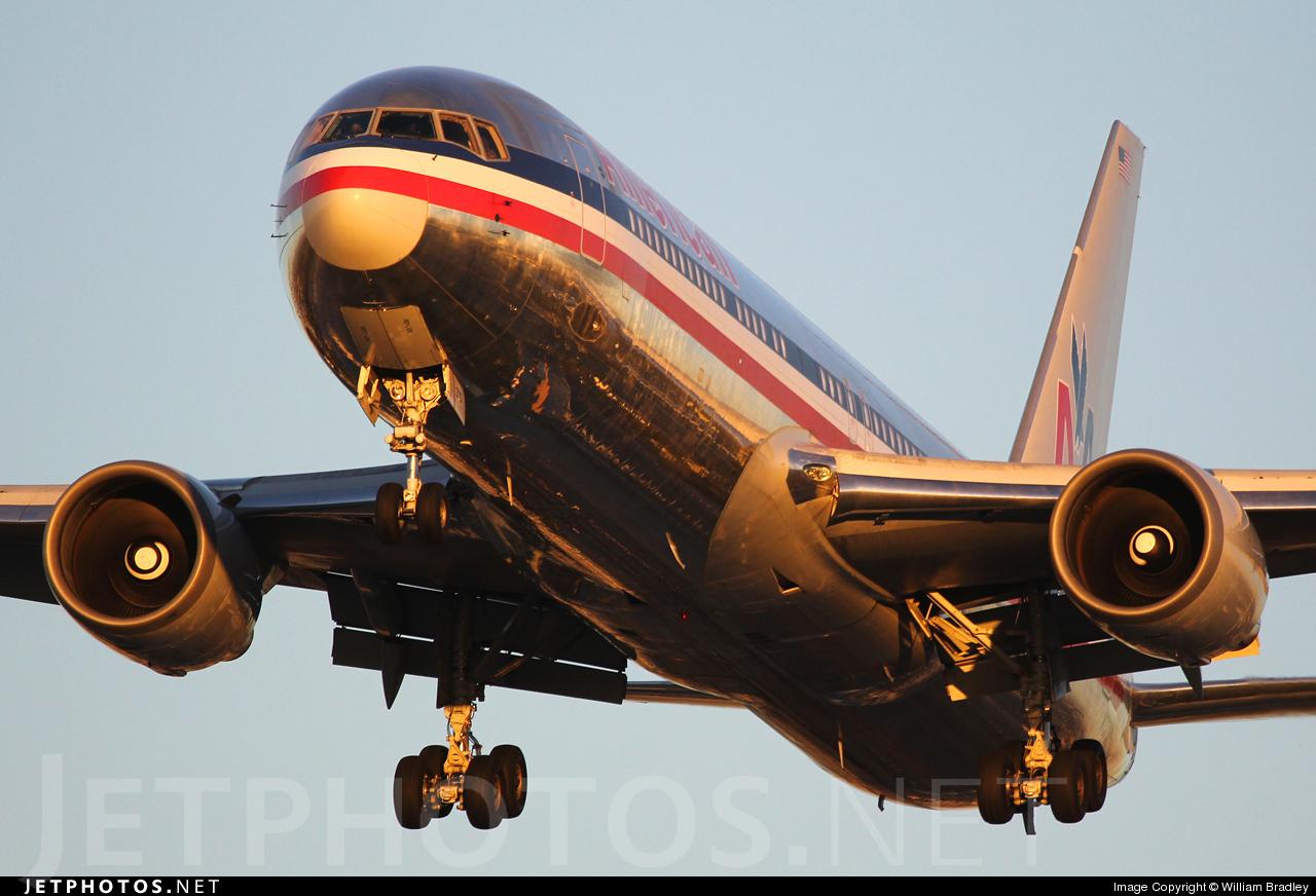N7375A - Boeing 767-323(ER) - American Airlines