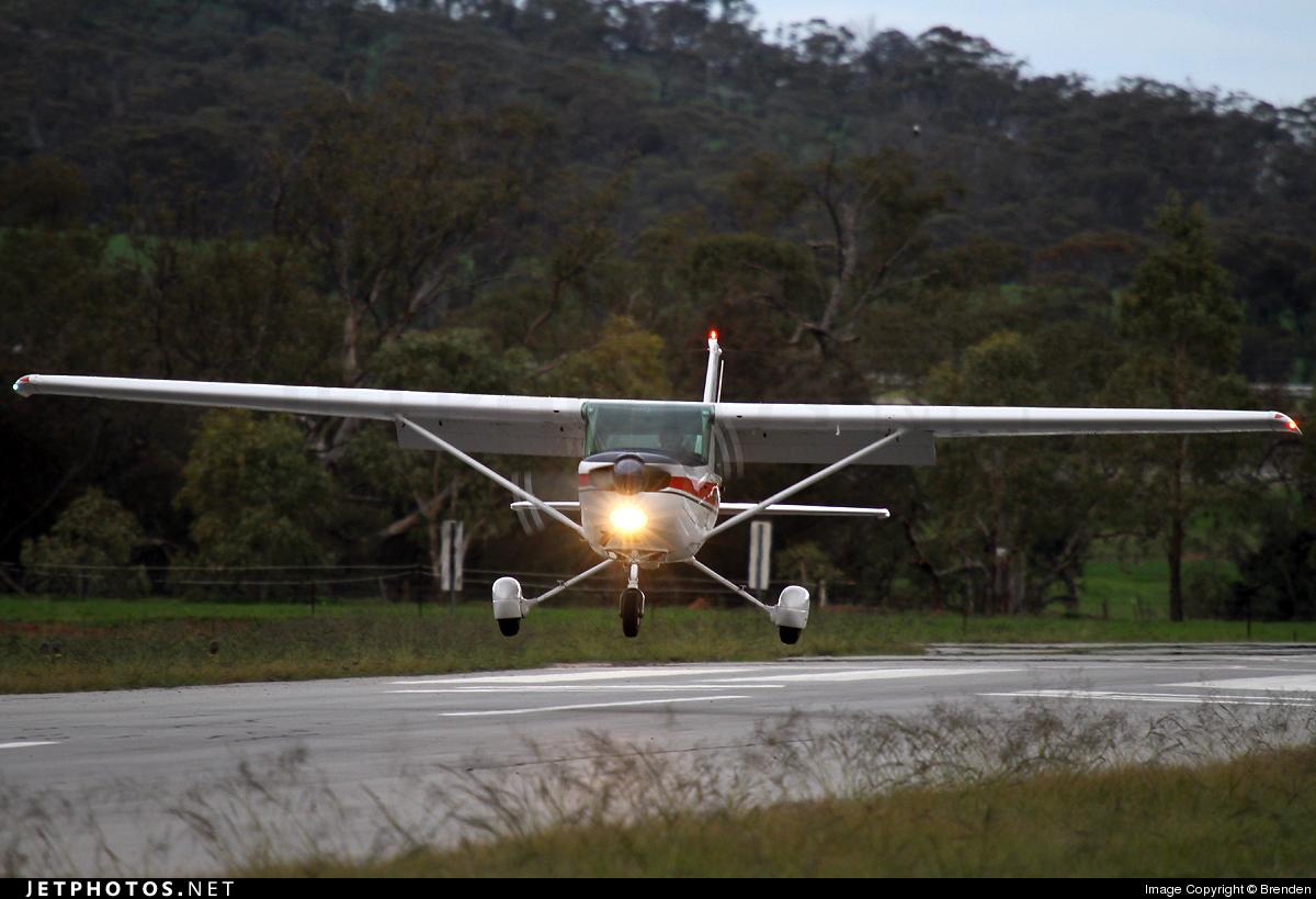 VH-BFC - Cessna A152 Aerobat - Private