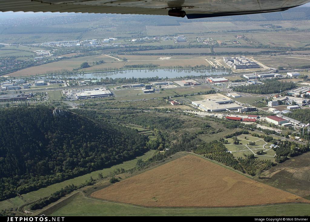 HA-ERO - Cessna 152 - Centro-Plane