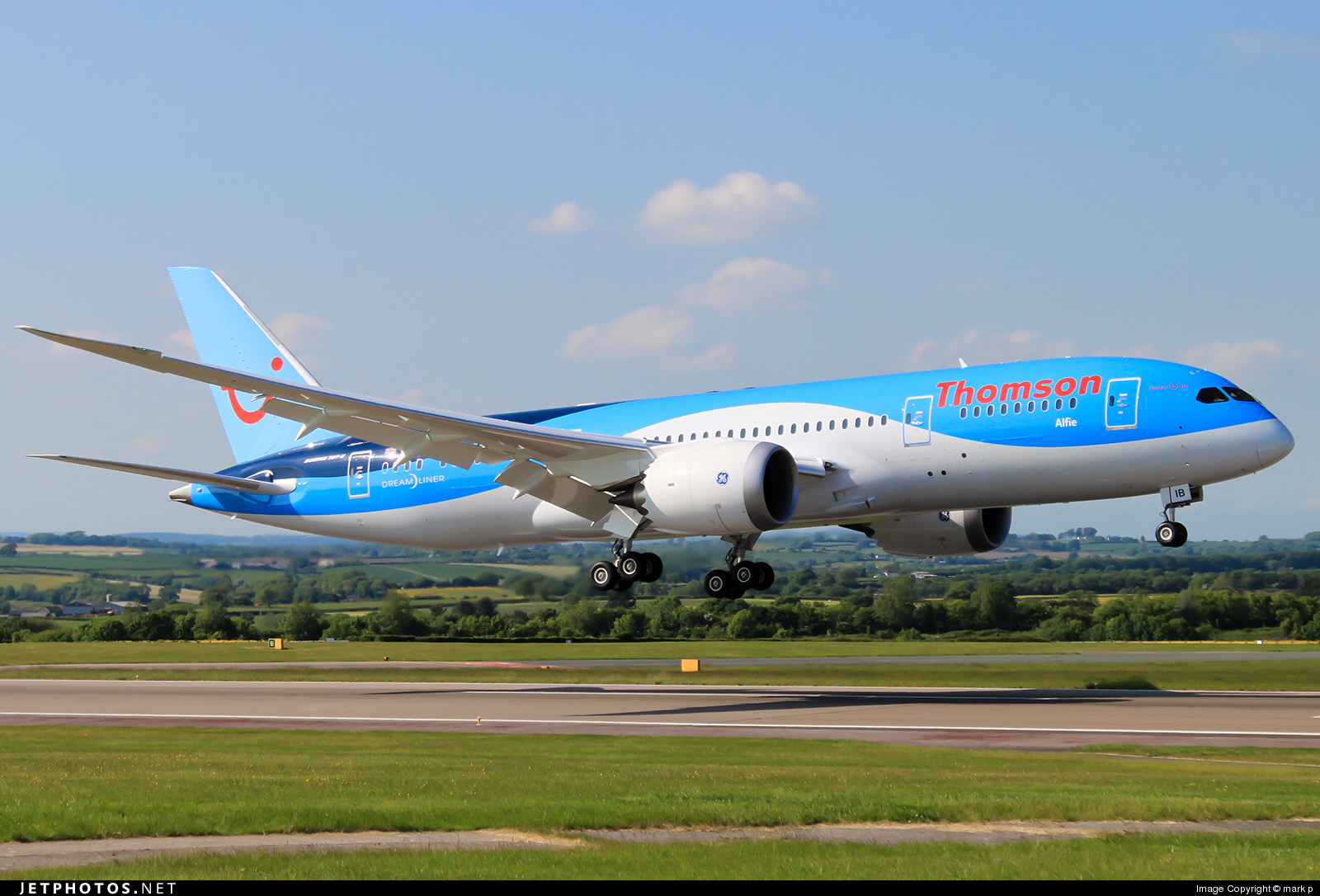 G-TUIB | Boeing 787-8 Dreamliner | Thomson Airways | mark p | JetPhotos