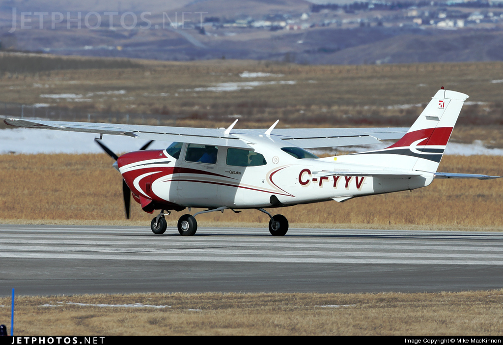 C-FYYV - Cessna T210R Turbo Centurion II - Private