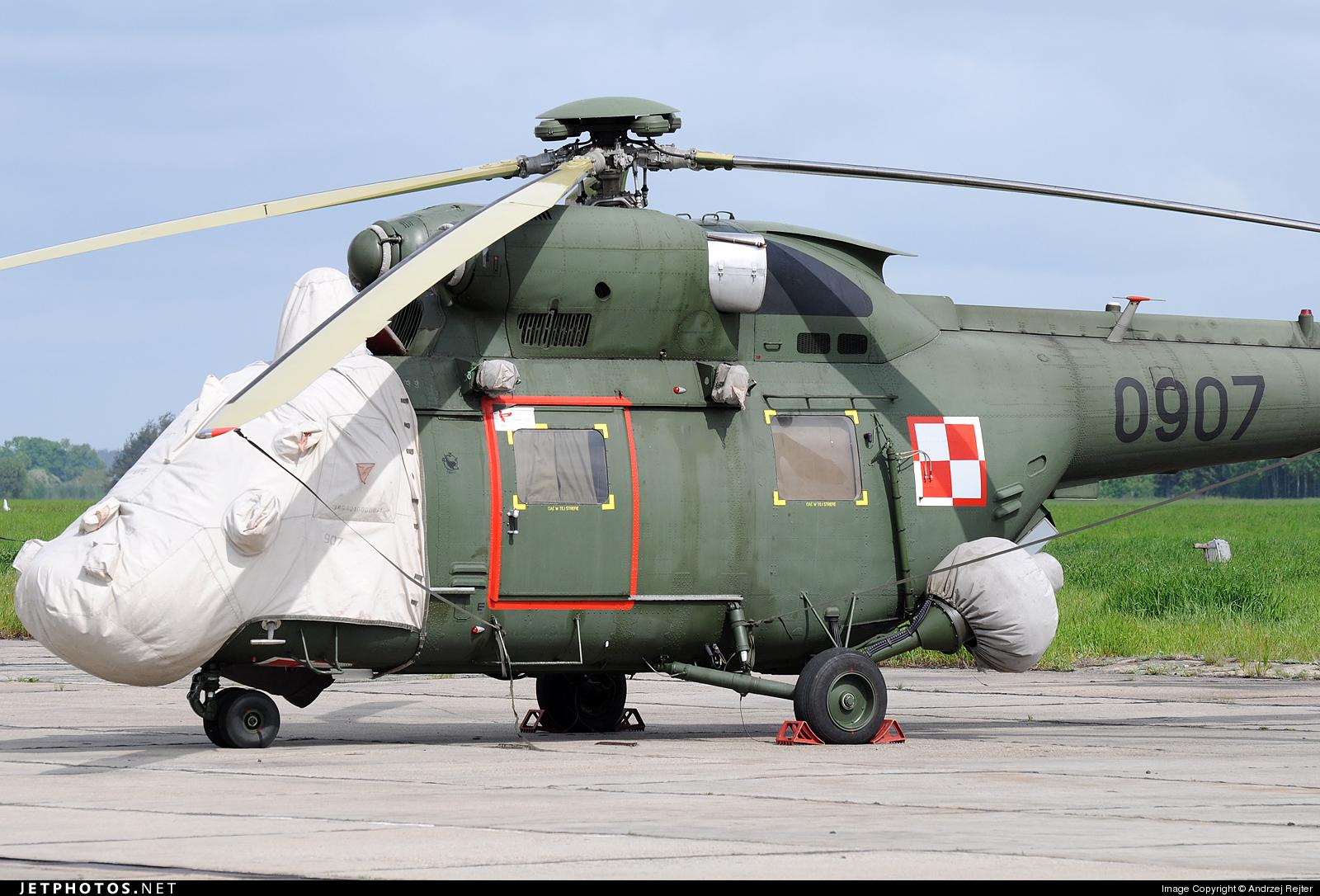 0907 - PZL-Swidnik W3 Sokol - Poland - Army