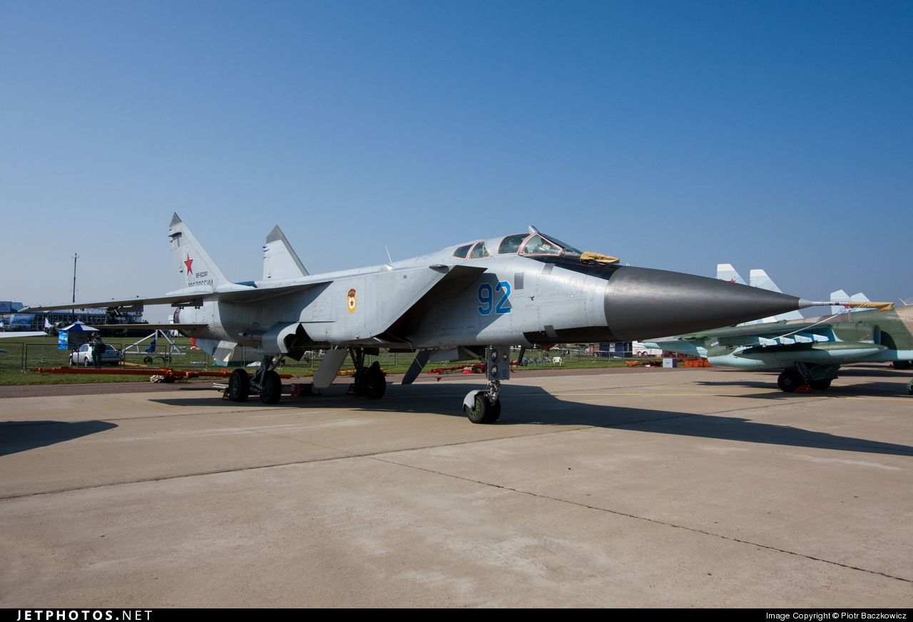 RF-92380 - Mikoyan-Gurevich MiG-31 Foxhound - Russia - Air Force