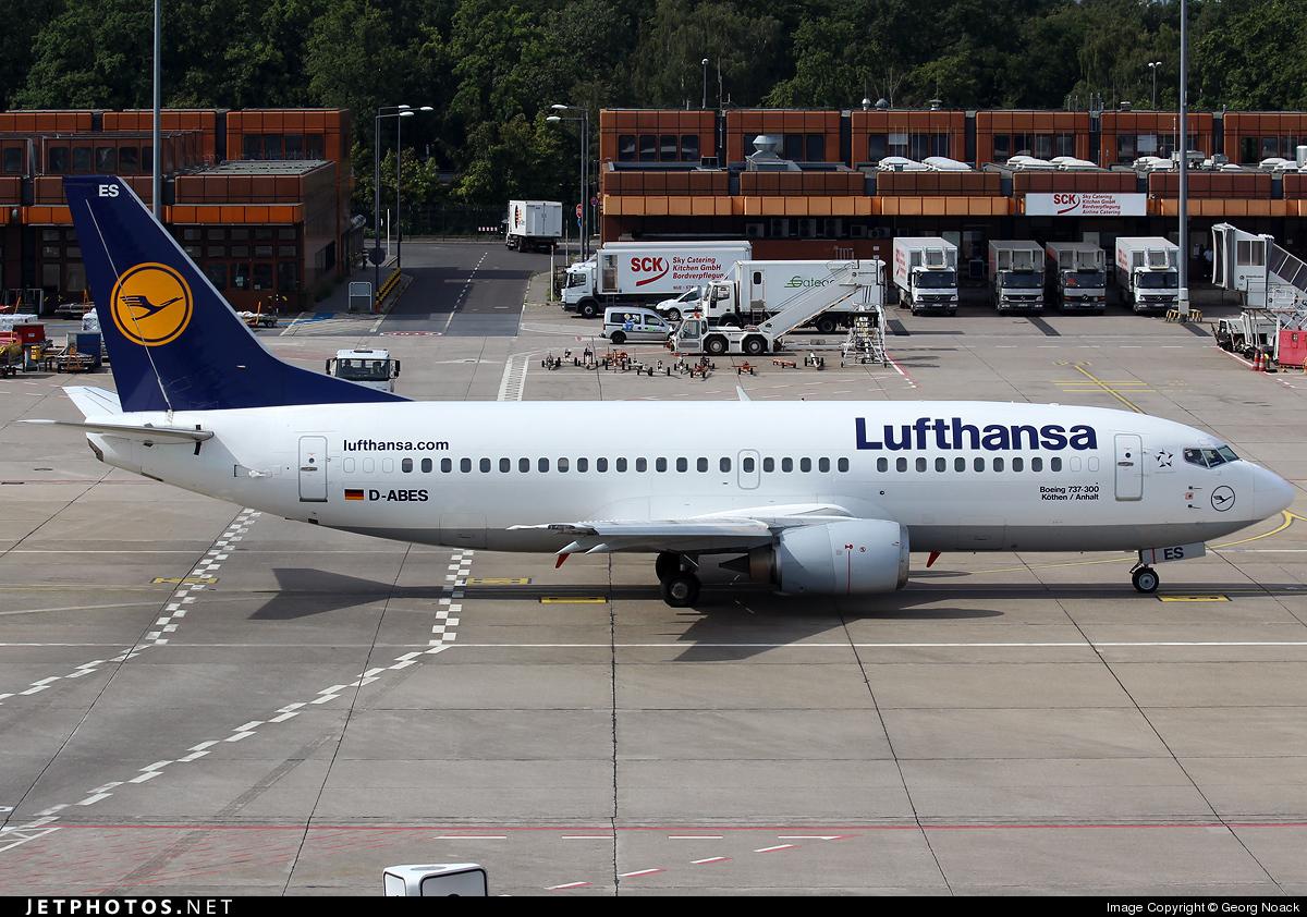 D-ABES - Boeing 737-330 - Lufthansa