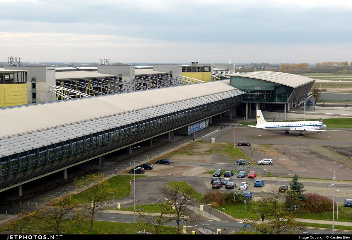 EDDP - Airport - Terminal