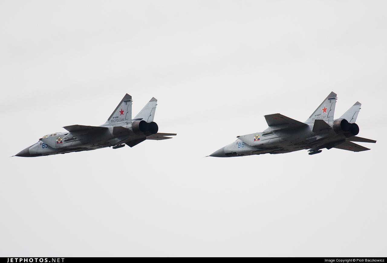 RF-92382 - Mikoyan-Gurevich MiG-31 Foxhound - Russia - Air Force