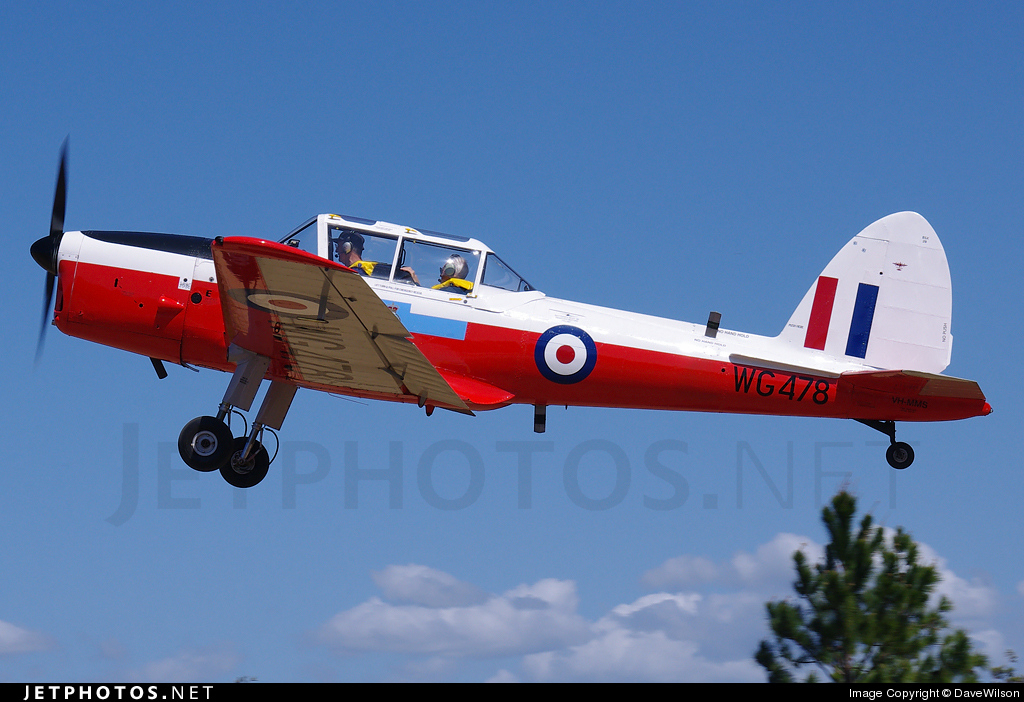 VH-MMS - De Havilland Canada DHC-1 Chipmunk 22 - Private