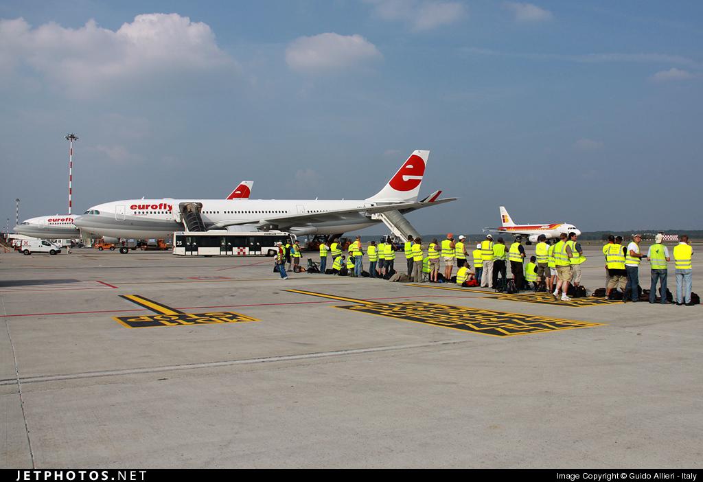 EI-EZL - Airbus A330-223 - Eurofly