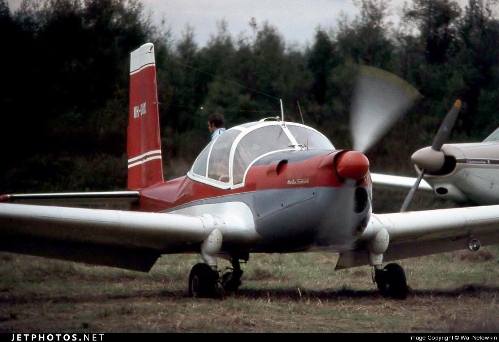 VH-DUX - Orlican L-40 Meta-Sokol - Private