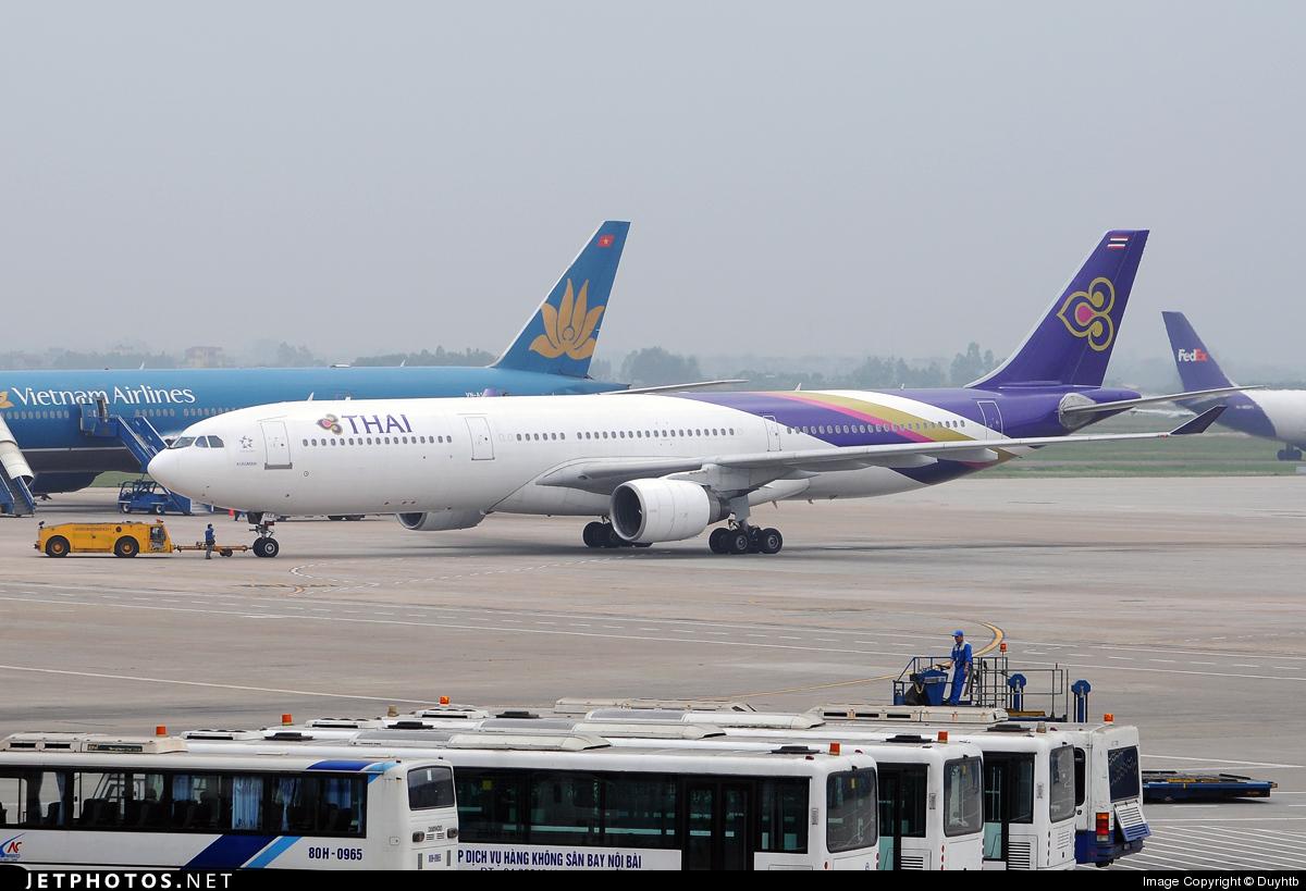 HS-TEE - Airbus A330-321 - Thai Airways International