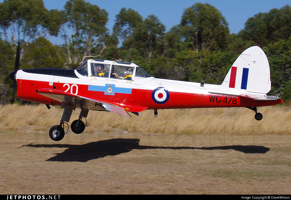 VH-MMS - De Havilland Canada DHC-1 Chipmunk 22 - Private