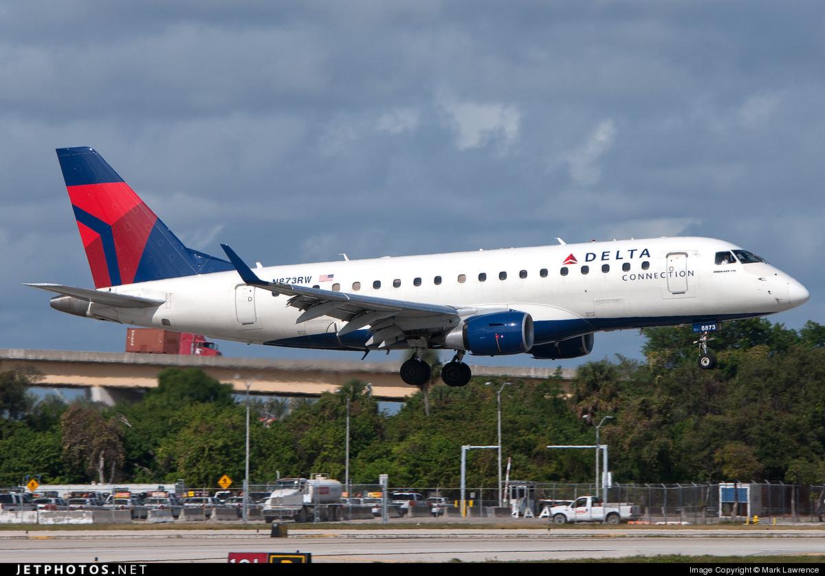 N873RW - Embraer 170-100SE - Delta Connection (Shuttle America)