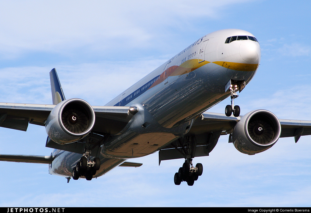 VT-JEB - Boeing 777-35RER - Jet Airways