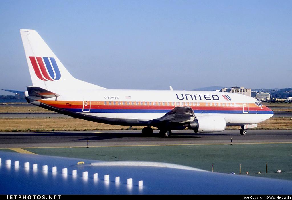 N918UA - Boeing 737-522 - United Airlines