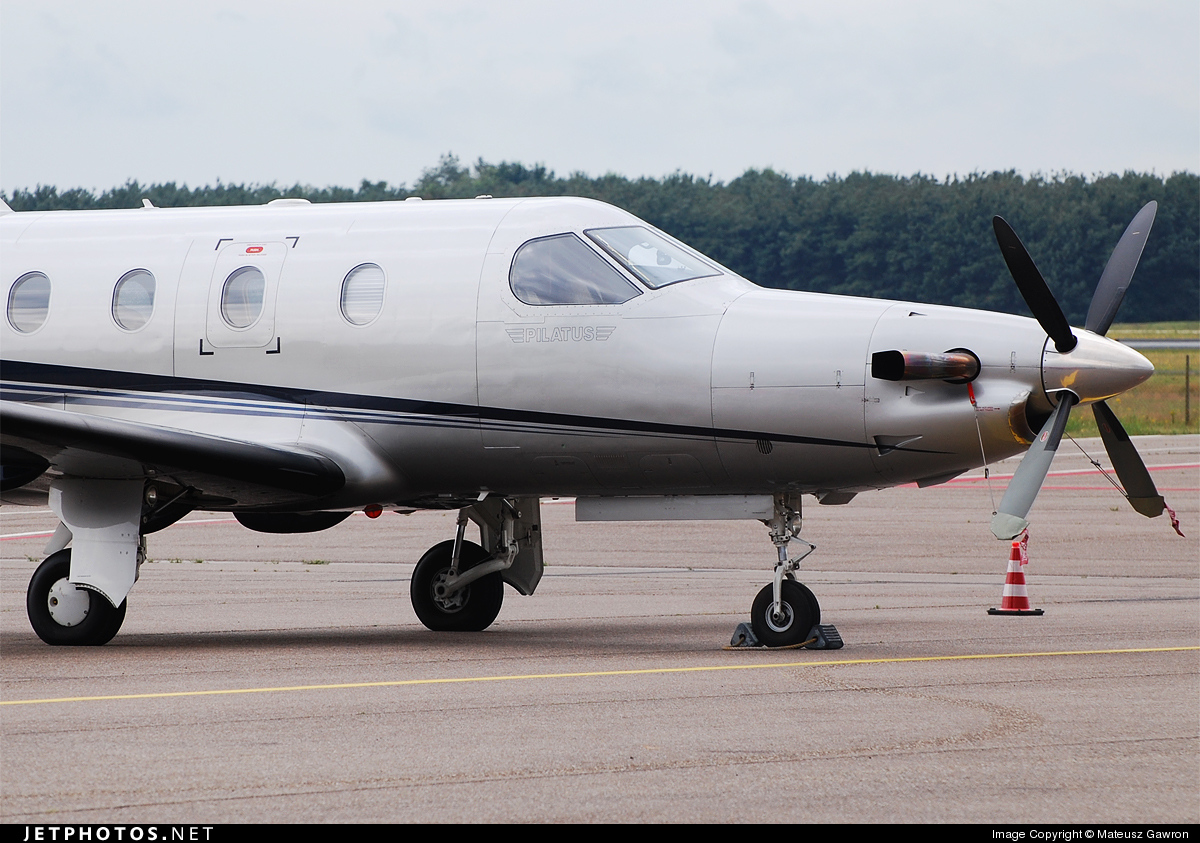 HB-FOW - Pilatus PC-12/45 - Private