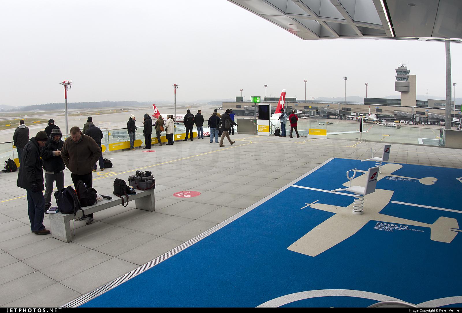 LSZH - Airport - Spotting Location