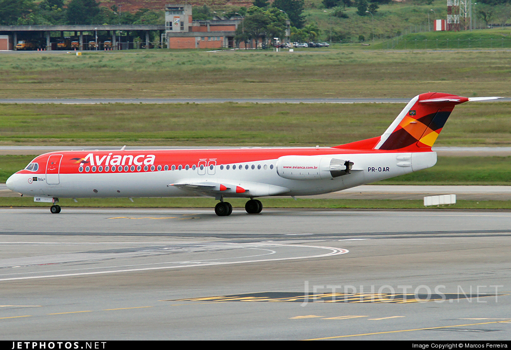 PR-OAR - Fokker 100 - Avianca Brasil